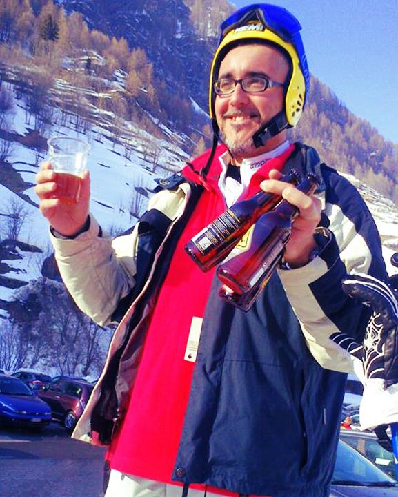 _0020_sciatore-contento-prali.jpg
